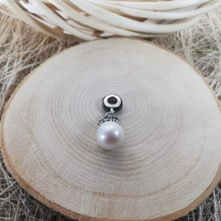 Pearl Tip Of Necklace