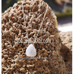 MOON STONE SILVER NECKLACE